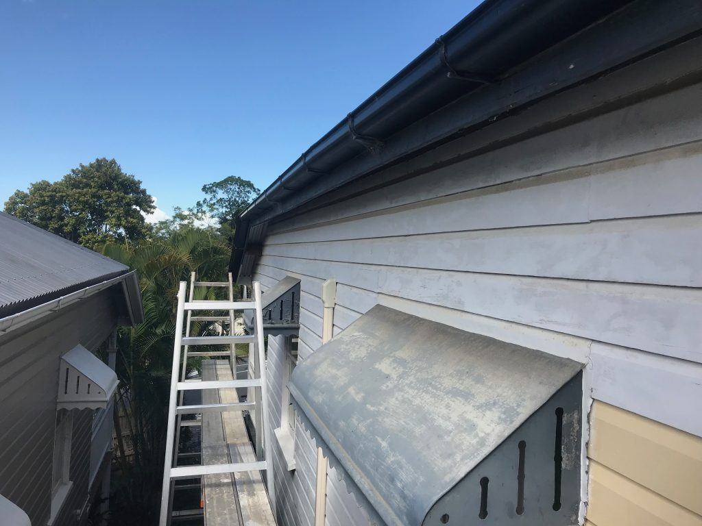 Painting Brisbane Workers Cottage
